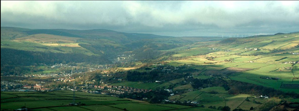Calderdale Valley, © Magnus Manske, wikipedia